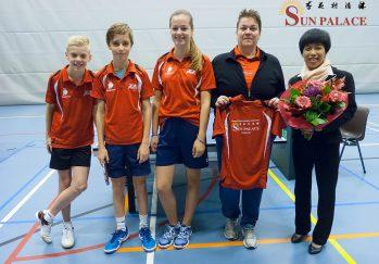 Nieuw 1e jeugdteam met Sun Palace op de foto